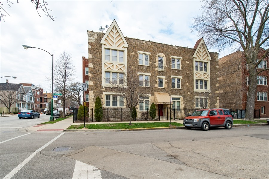 1954 Melrose, Unit 201, Chicago, Illinois